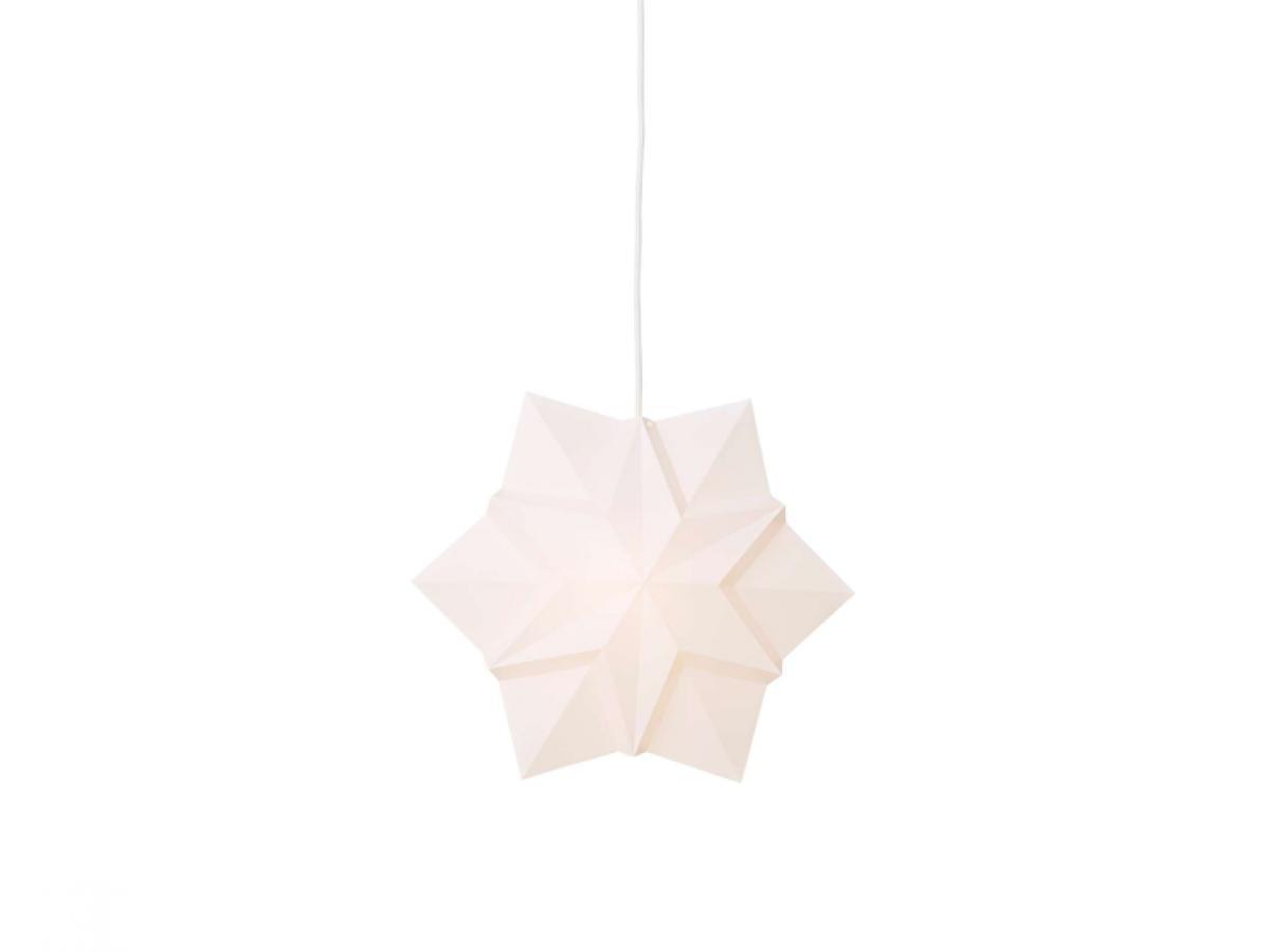 stern lampe weiss von le klint stilbegeistert. Black Bedroom Furniture Sets. Home Design Ideas